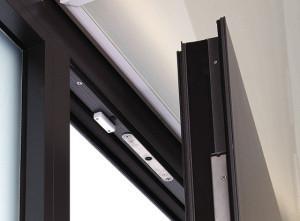 Magnetkontakte an Fenstern und Türen