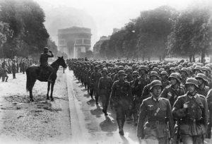 Paris,_Avenue_Foch,_Siegesparade