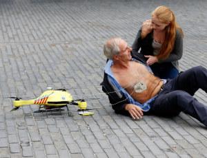 Rettungsdrohne mit fliegendem DefibrillatorFoto: TU Delft/NL