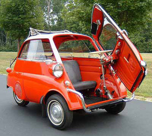 bmw_isetta_open