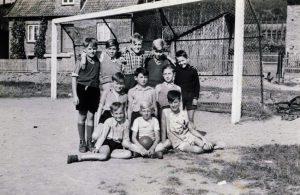 Fussballmannschaft-1954-01
